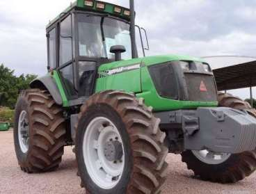 Trator agrale bx 6.150 4x4 ano 2006 cabinado
