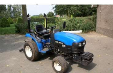 Tractor new holland tc21d