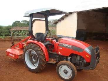 Trator agrale modelo 4100 + rocadeira