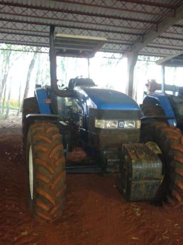 Tratores new holland tm 135 2004